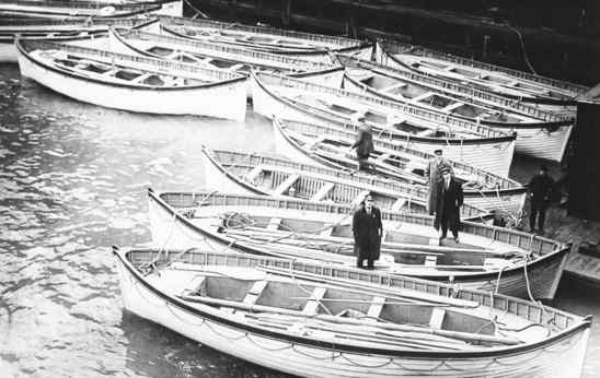 Titanic-Lifeboats-5