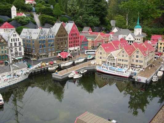 090912 Bergen Norway 2.3Mm Bricks-600X450