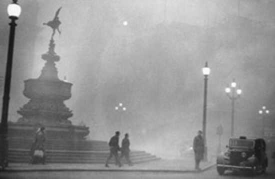 2011-04-21-13-07-35-1-Great-Smog-In-London