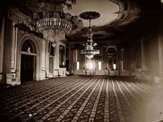 White-House-East-Room