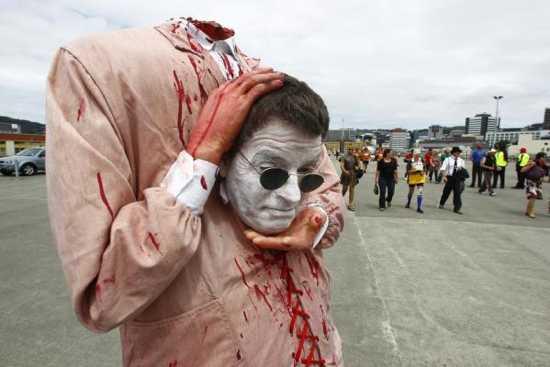 Headless-Man-Costume-Sevens