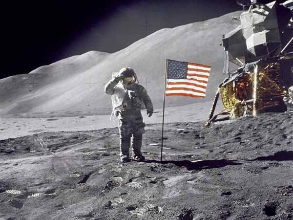 Moon-Exploration 1098 600X450-1