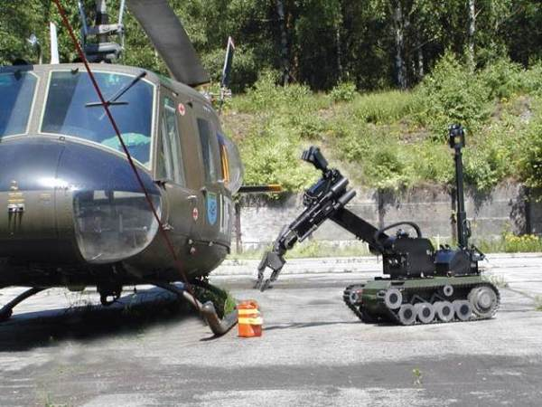 Bomb Disposal Robot In Action