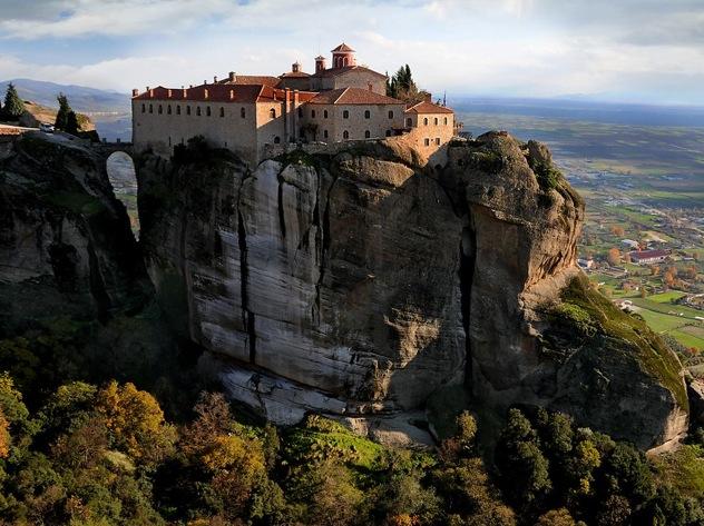 Meteora-Monastery-Greece 60700 990X742