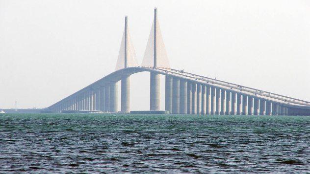 Sunshine-skyway-bridge-1024x768-0309