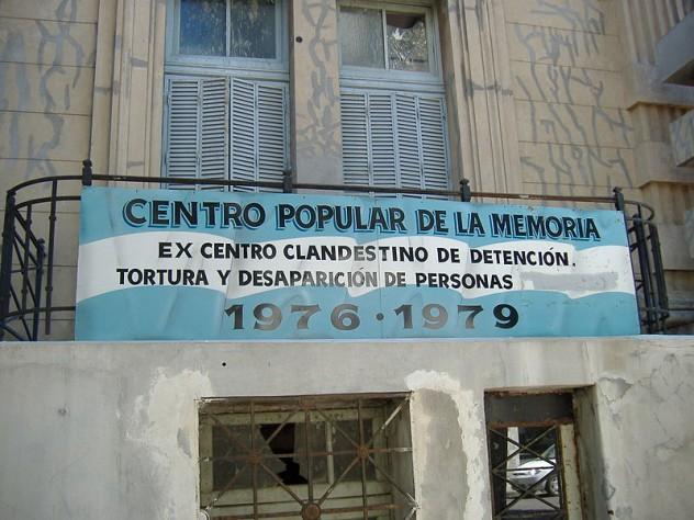800px-Centro_Popular_de_la_Memoria_Rosario