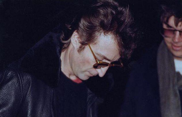 2_Lennon_and_Chapman