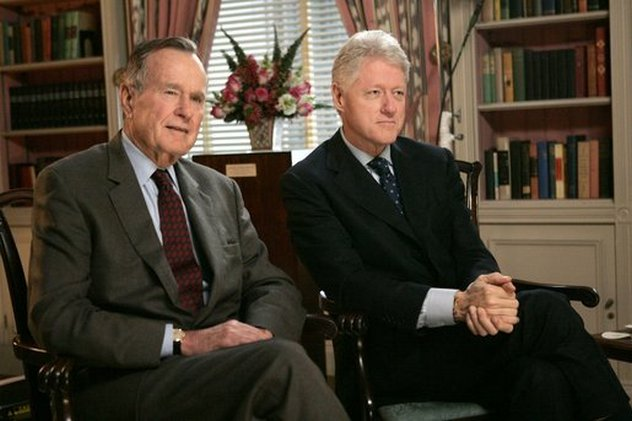 8_Bush_and_Clinton