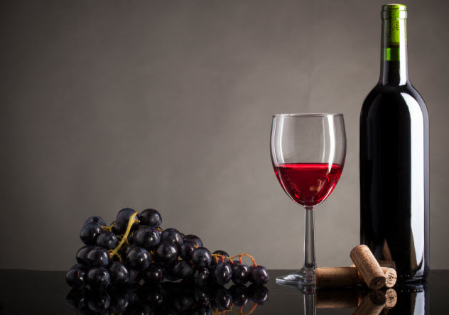 2-red-wine_000058209296_Small