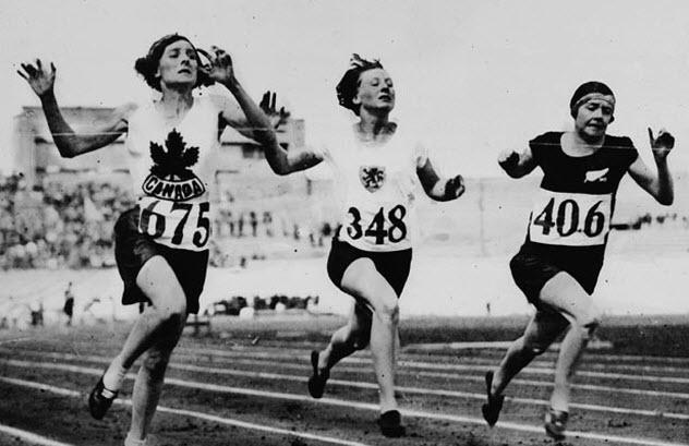 8-1928-olympics-female-runners'
