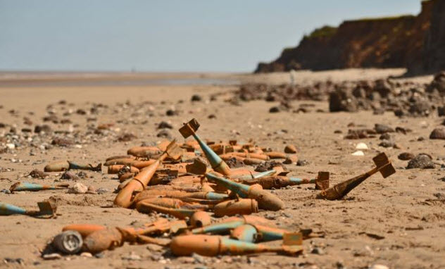 6-thames-bombs-beach