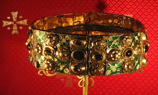 1-iron-crown-of-lombardy