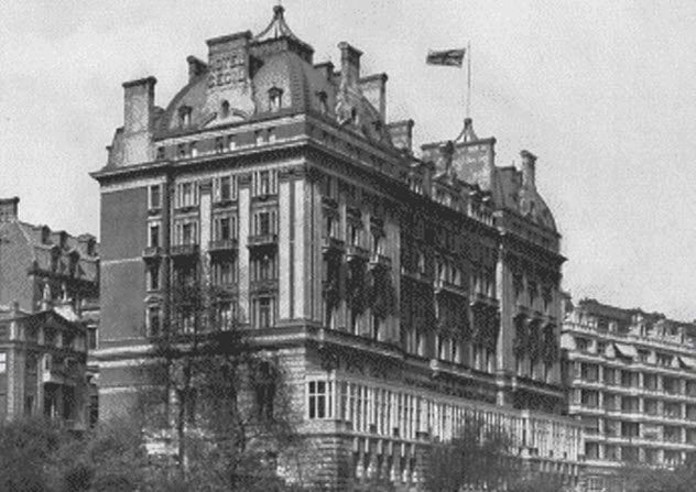 8-hotel-cecil-old-london