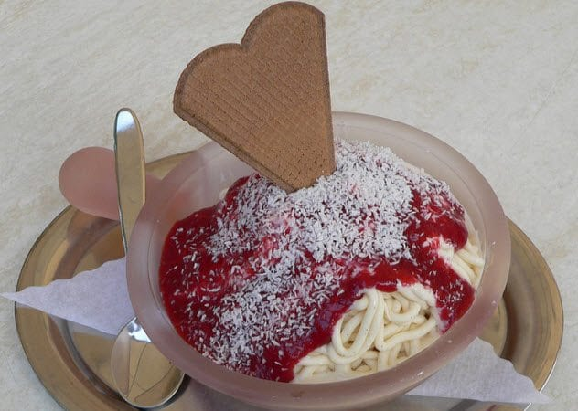 10-spaghettieis