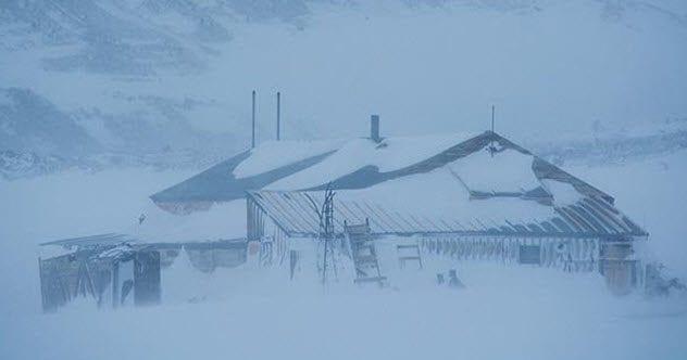 6-antarctic-huts