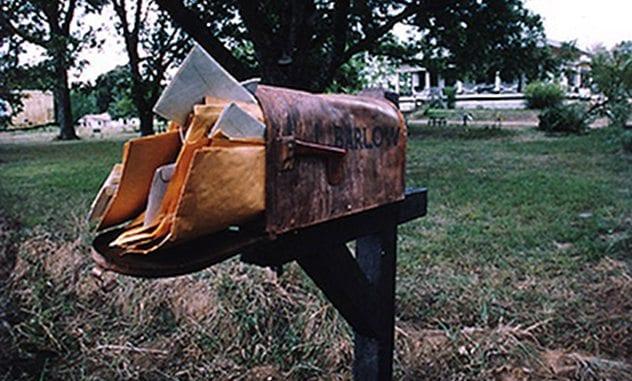 1stuffed_mailbox