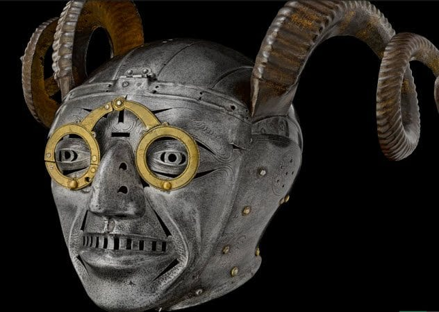 4-henry-viii-helmet-gift