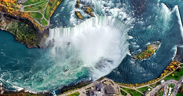 Niagara-Falls-from-above
