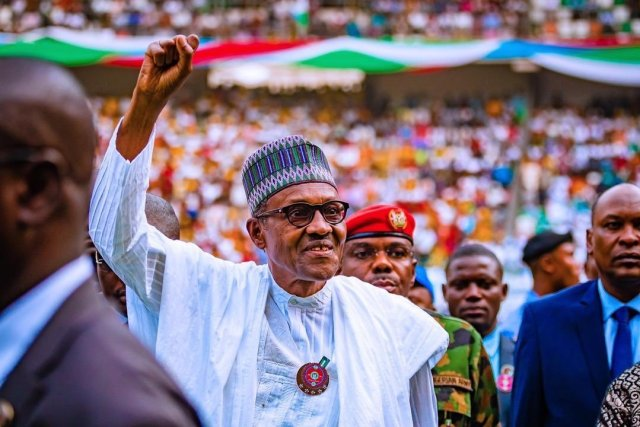 Nigerian President Suspends Chief Judge Before Election, Swears in New One