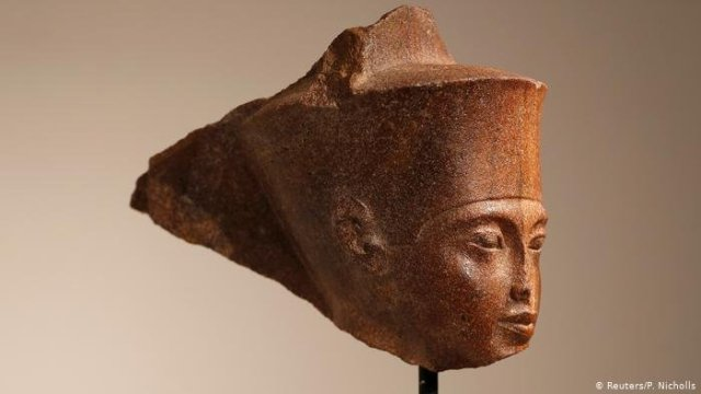 King Tut Sculpture Sold at British Auction House for £4.7m Despite Egypt's Outrage