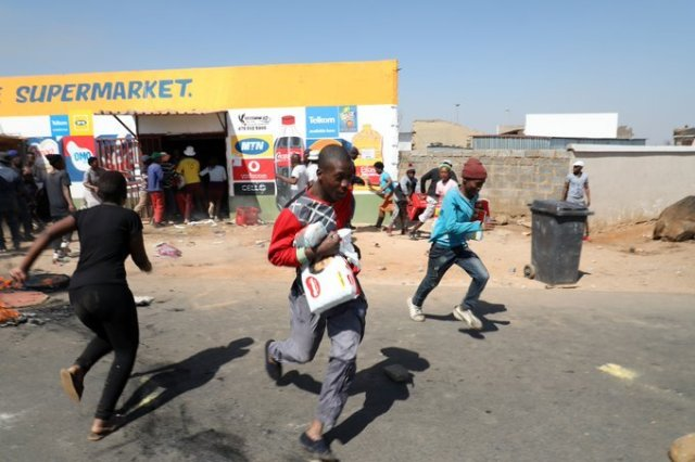 South Africa: Black African Foreign Owned Shops Looted in Soweto