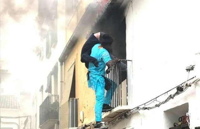Senegalese Migrant Hailed after Rescuing Spanish man in Wheelchair from Fire