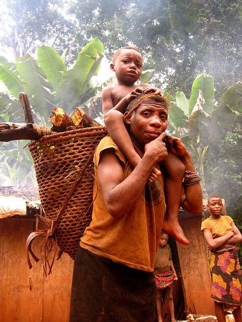 World's Best Dads: The Loving Fathers of the African Aka Tribe in Central Africa