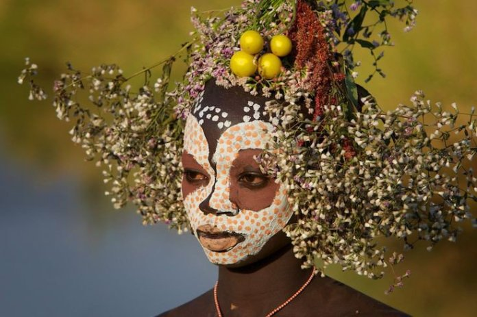 Ethiopian Tribe That Turns Nature Into Fashion