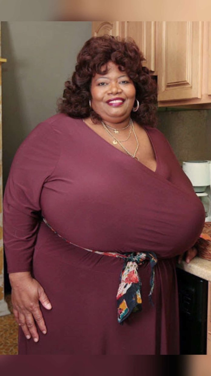 Annie Hawkins: Meet the Woman with the Largest Natural Breasts in the World