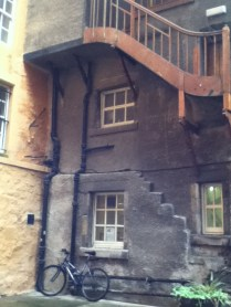 Linking and upper floor to the first floor at Riddles Court