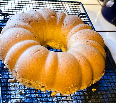 finished cooled cake