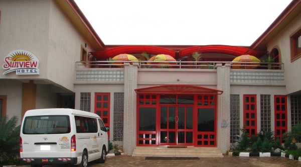 Sunview Hotel Front View