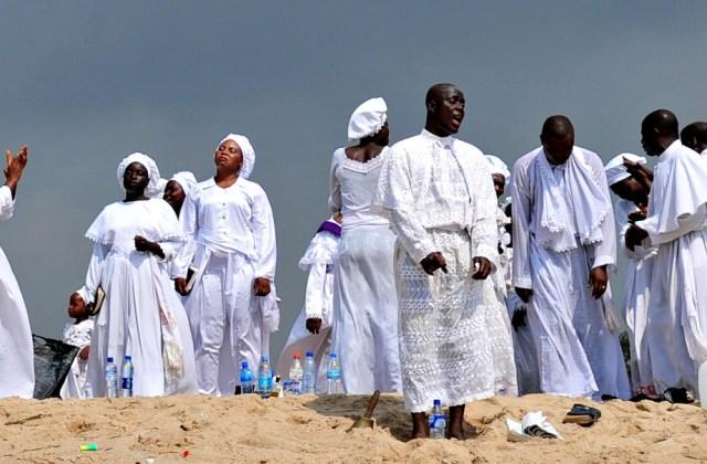 White garment worshipers at Bar Beach