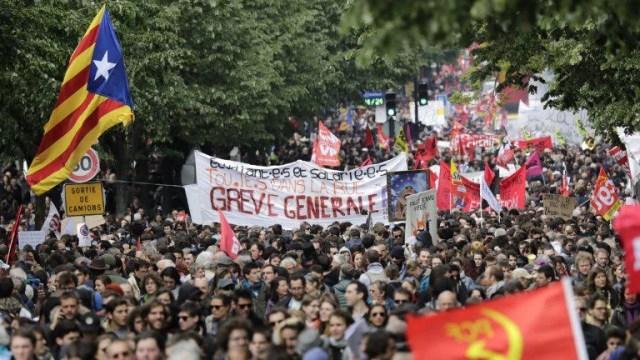Франция: движение масс и его препятствия