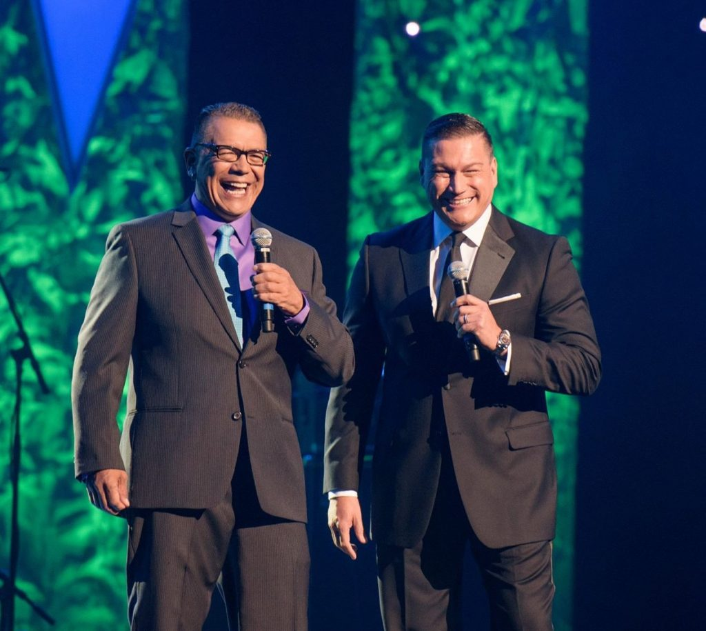 """Gary """"Litefoot"""" Davis and Lorne Cardinal host the 2015 Indigenous Music Awards. Photo: Mike Sudoma Photography"""