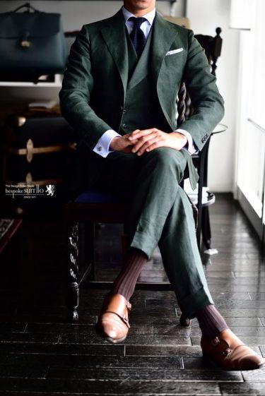 茶色の靴に合わせる靴下は何色?|スーツをカッコよく着こなす名脇役
