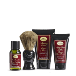 Mid-Size Kit: Image from http://www.theartofshaving.com