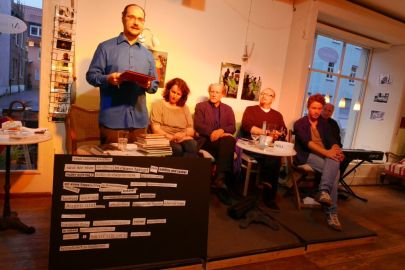 Literalotto im Café ANIMO! am 18. Juni 2015 (Foto: J. Eiden)