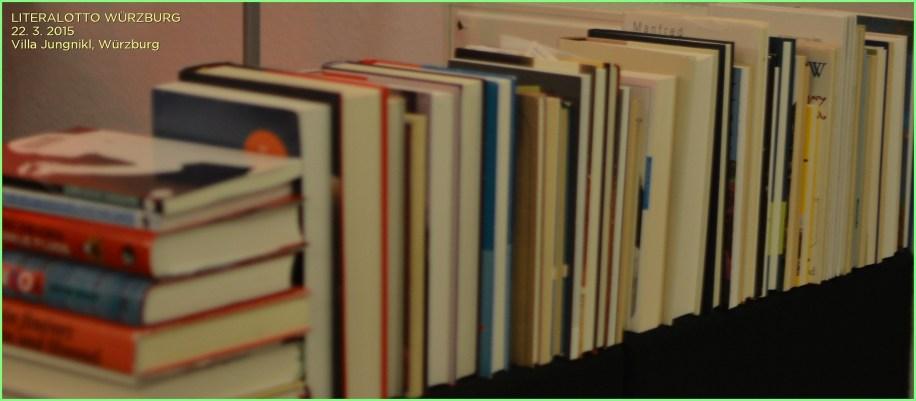 LiteraLotto ist ein neues Format – Literatur zum Mitspielen. In der einstündigen Fassung wird der Besucher dieses auf Elementen von Improvisationstheater, literarischem Quartett und Poetry Slam aufbauenden Formats nicht nur auf knackig-prägnante Weise mit spanneden Büchern abseits der Bestsellerlisten bekannt gemacht.