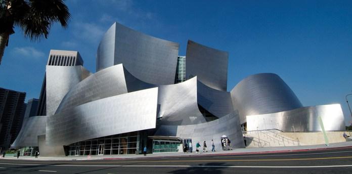 Walt Disney Concert Hall. Frank Gehry, architect. Los Angeles, California. USA.
