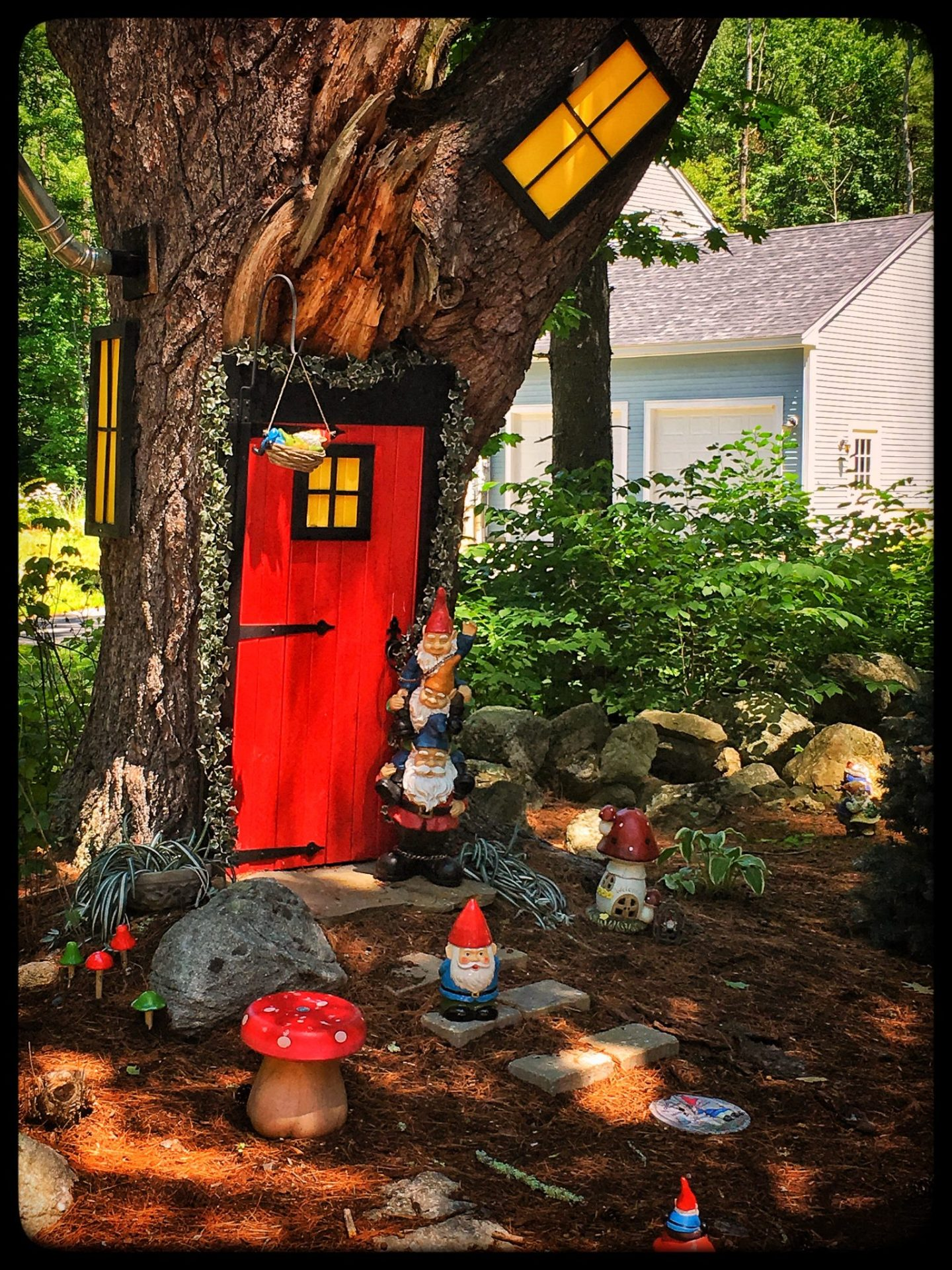 Lake Winnipesaukee, Alton Bay, Gnome Village