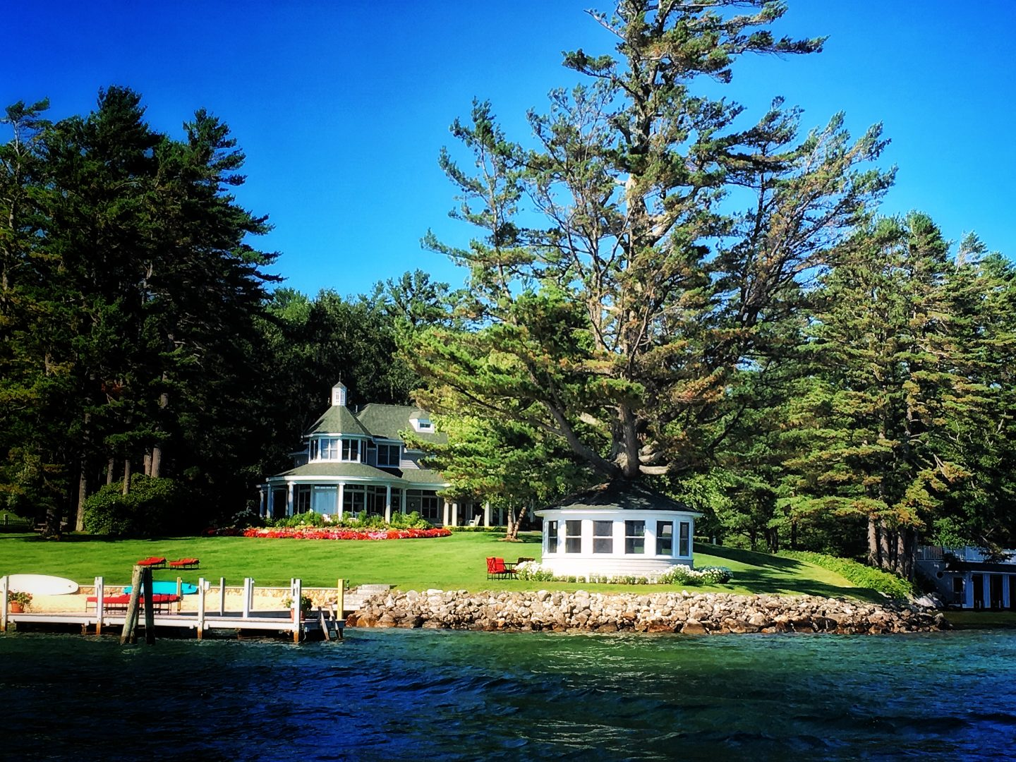 A Little Murder Tour, Lake Winnipesaukee, New Hampshire