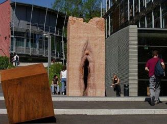 statues-01