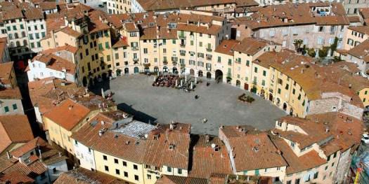 Lucca.