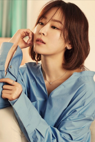You Know, I Think I Might be in Love With Seo Hyun Jin