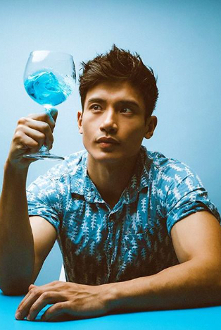 Actor Manny Jacinto –– Just How Jason Mendoza is He in Real Life?