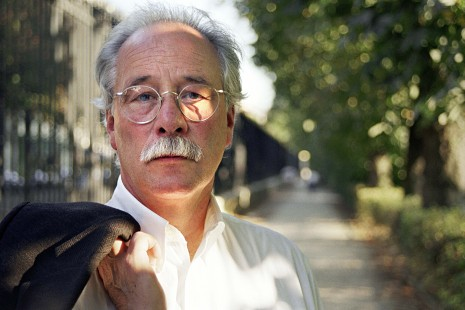 PARIS;FRANCE - SEPTEMBER 08: German author Winfried George Maximilian Sebald (1944-2001) poses while in Paris,France to promote his book on the 8th of September 1999. (Photo by Ulf Andersen/Getty Images)