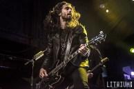 Slash performing at Sound Academy in Toronto