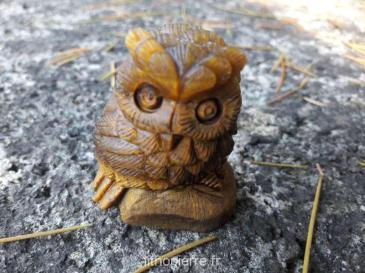 Pierre sculptée en hibou