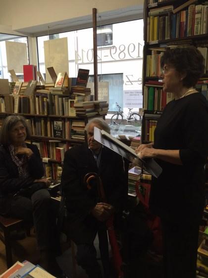 Der Hörgenuss der Erzählungen des österreichischen Schriftstellers und Journalisten Joseph Roth rezitiert durch Ingeborg Semmelroth zwischen vielen alten Büchern in den Räumen des Zentral Antiquariats war ausgezeichnet. ...